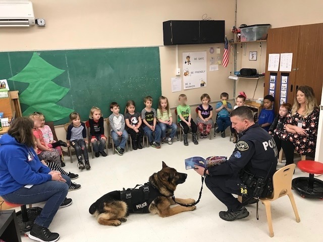 Ranger and K-9 Officer Reading