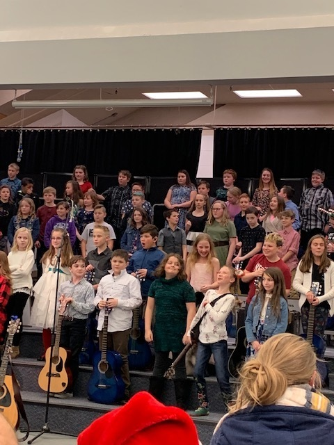 5th Graders performing at the concert.