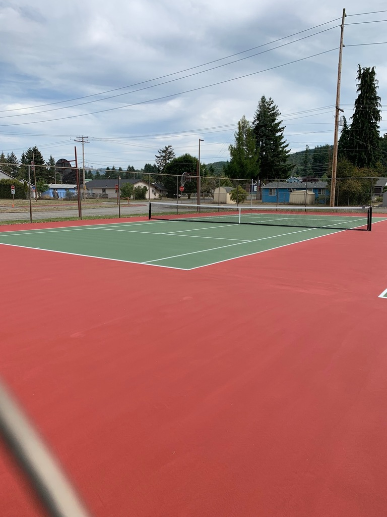 New tennis court side view