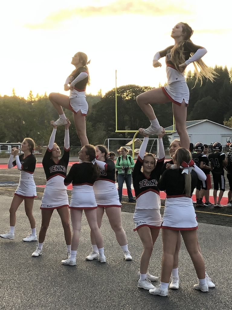 Cheerleaders in action!