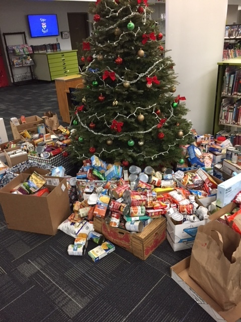 Over a 1,000 food items collected.