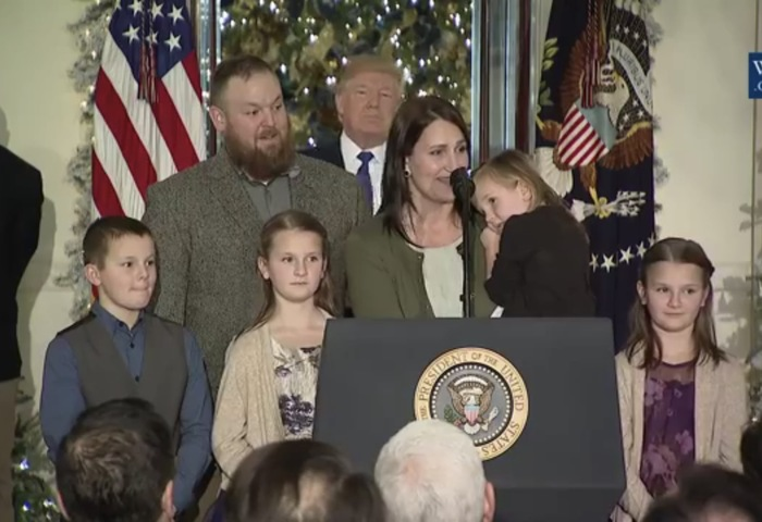 The Howard family - Mr. and Mrs. Howard, Lucy, Gabe, Katie - and Penelope - at the White House!