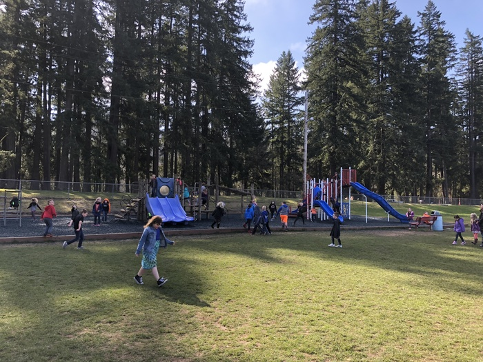 PES Recess 1st day of Spring 2018